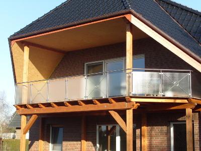 Balkonedelstahlgeländer mit glasfüllung
